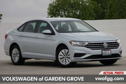 Pre-Owned 2019 Volkswagen Jetta 1.4T S 4D Sedan